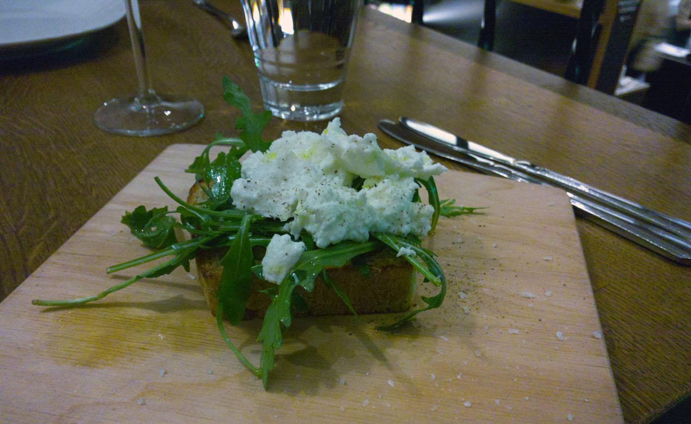 italialainen ravintola Helsingissä  masutoaitemu