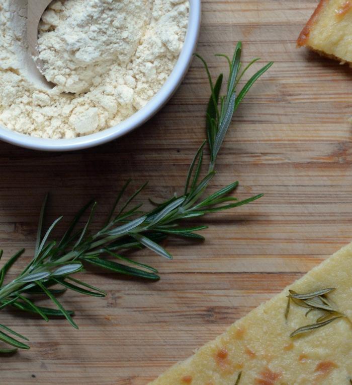 farinata, farinata bread, gluteeniton leipä, gluten-free bread, italialainen leipä, Italian baking, kikhernejauho, munaton leipä