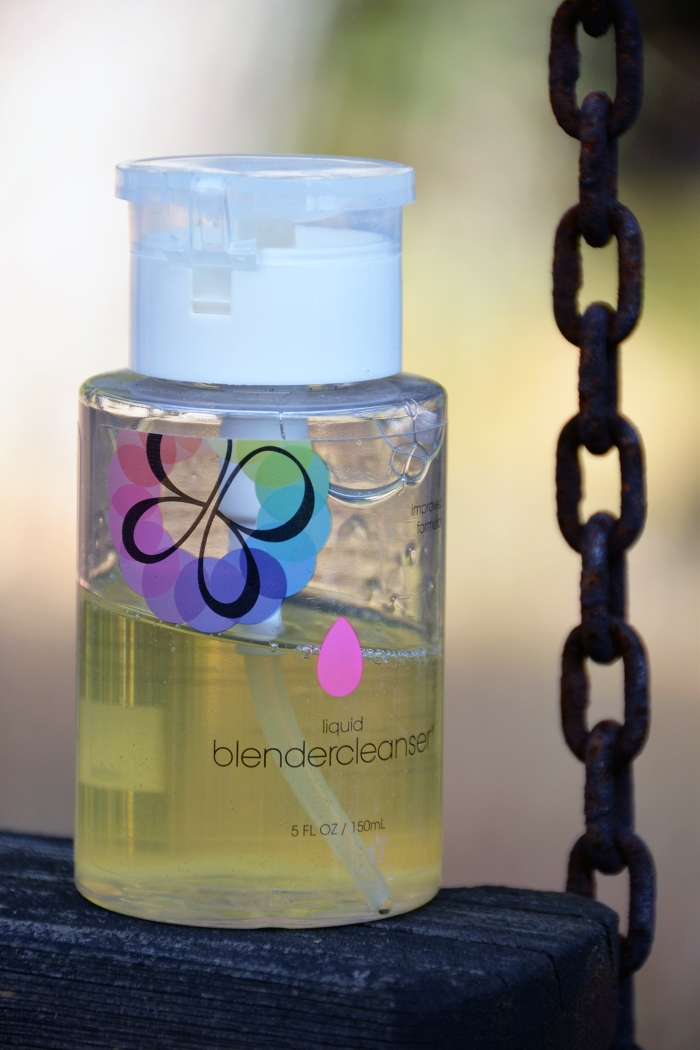 meikkisiveltimien pesu, Beauty Blenderin puhdistustuotteet, kuivashampoo tummille hiuksille, Moroccan Oilin kuivashampoo