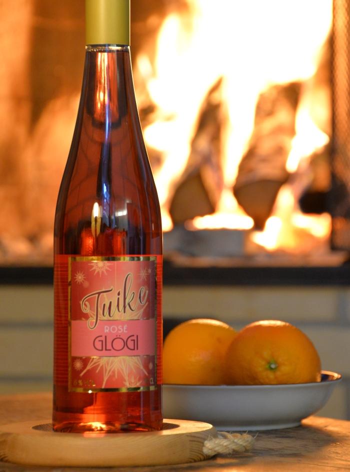 joulun juomat, uutuusglögit, rosé-glögi, glögiuutuus, lämmittävät juomat, Tuike roséglögi, Chymos lakritsi-suklaa-glögi