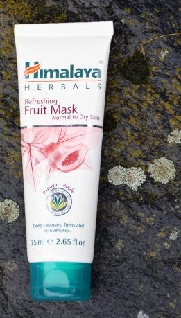 Taas pakkaskelejä, joten herkkäihoisimpien kannattaa kuoria iho rakeiden sijaan syväpuhdistavalla naamiolla.