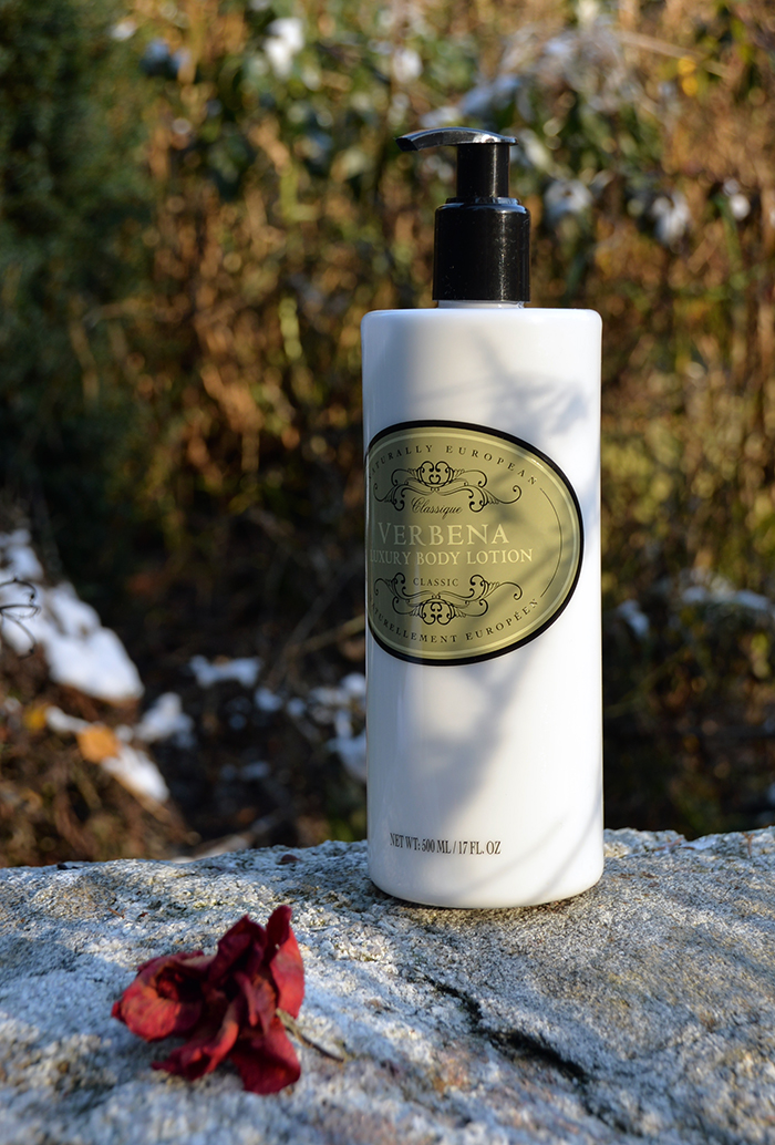 ihonhoito talvella, kuivan ihon hoito, kuiva iho, kosteuttava hiusnaamio, tehovoide kuivalle iholle, kuivien hiusten hoito, kuivan ihon tuotteet